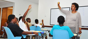 Robyn Carlin, a master teacher from the GeauxTeach Program at Louisiana State University, teaches University of the Virgin Islands Junior University students.