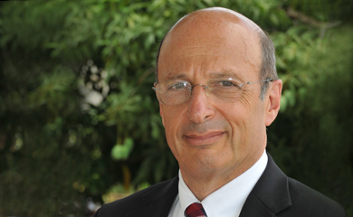 Photo of Dr. Benjamin Sachs, Interim Dean of the UVI Medical School